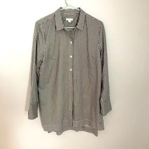 ✨3 for $20 STRIPED LONG SLEEVE COLLARED SHIRT